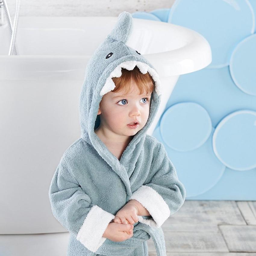 albornoz_tiburon2