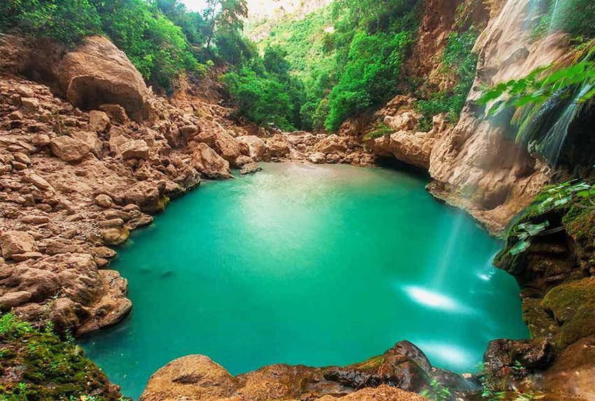 Akchour-waterfalls-950x640 copy